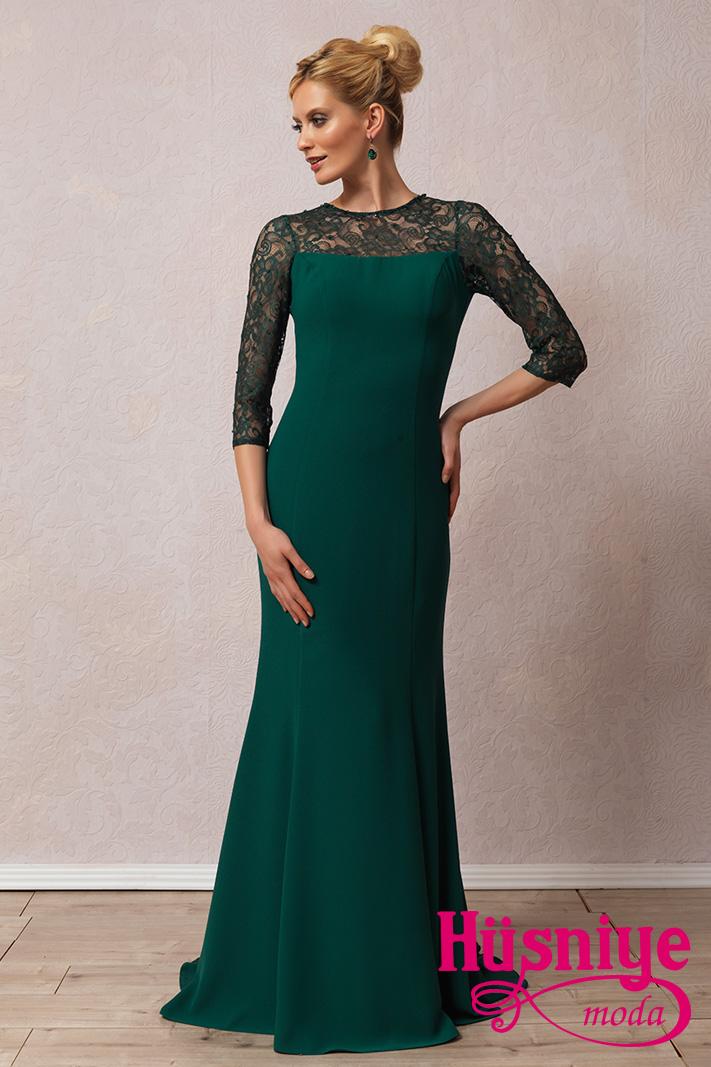 1540e53de41c6 Koyu yeşil, kapalı, uzun kollu, fransız dantelli balık model abiye Abiye  Modelleri