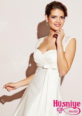 2019Saten gelinlik modeli, a kesim, dantel askılı, sırt dekoltesi dantelli,fiyonk süslemeli